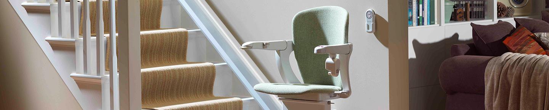 treppenlift test und probefahrt lifta der treppenlift. Black Bedroom Furniture Sets. Home Design Ideas